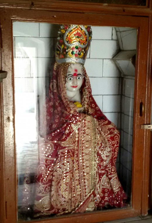 The idol of goddess Narmada at Bharbhut