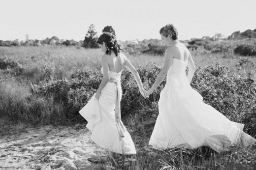 15 Posing Tips for Same Sex Weddings