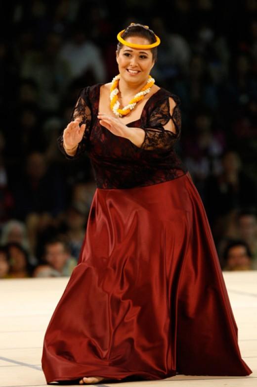Rebecca Lilinoekekapahauomaunakea Sterling - 2012 Miss Aloha Hula