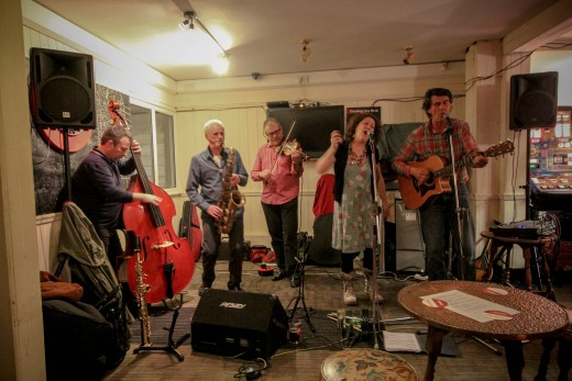Nigel and the Dreamlanders at the Whitstable Labour Club: photo courtesy of Nick Cordes: https://nicordes.wordpress.com/