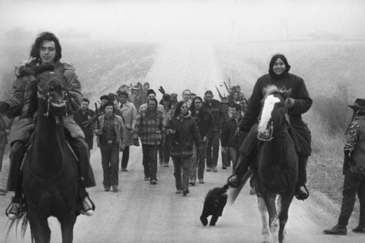 Gaining Ground AIM Moves Into Wounded Knee 1973