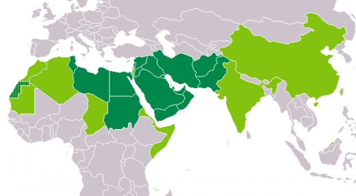 Dark green: Arabic is the only official script Light green: Arabic is one of the used scripts