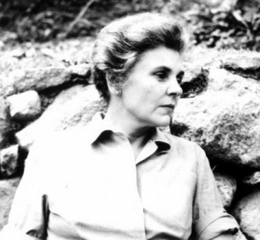 elizabeth bishop s one art the art Brief summary of the poem one art skip to one art by elizabeth bishop home / poetry / one art / such as a mother's watch or homes one has loved in the past.