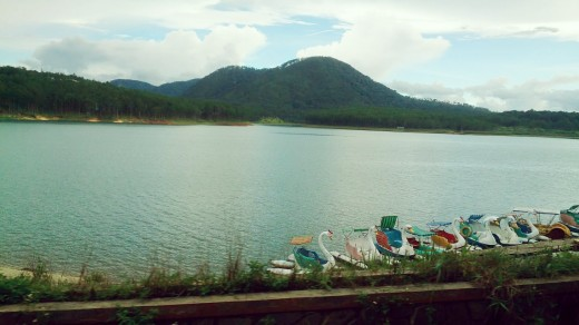 Mountains ranging over the lake forms such a magnificent background