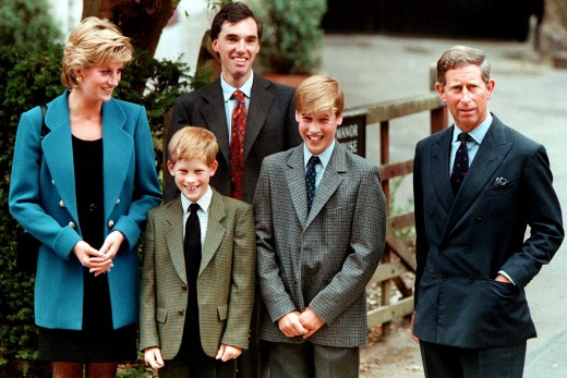 (From Left to Right) Princess Diana, Prince Harry, Prince William and Prince Charles