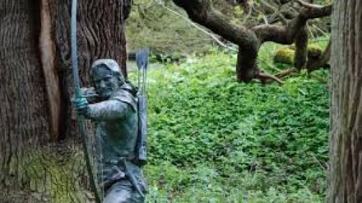 Robin Hood statue in Sherwood forest