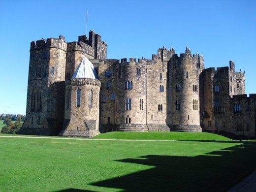 Setting of Harry Potter's Hogwarts School - Alnwick Castle, Northumberland