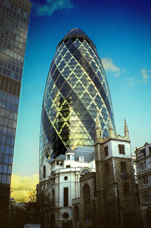 Norman Foster's 30 St. Mary Axe in London