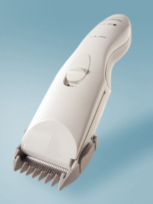 Find a clipper with detachable blade so that it will be easier to maintain and changed too.