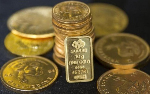 Gold bullion is displayed at Hatton Garden Metals precious metal dealers in London, Britain July 21,