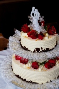 Two layer wedding cake