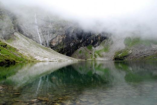 A small lake at the top of Hemkund Sahib, Nanda Devi National Park.