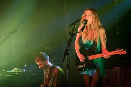 Wolf Alice band performing, lead singer Ellie Roswell.
