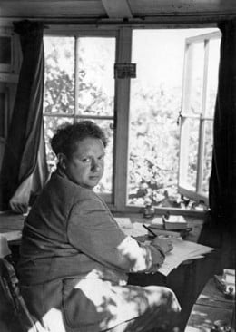 dylan thomas essay Dylan thomas was born in october 1914 in uplands, swansea, where he grew up his father, david john thomas, had taken his degree at university college aberystwyth and obtained a first in english, which he taught at swansea grammar school.