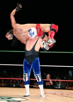 CMLL Tuesday: Diamonds Aren't Forever