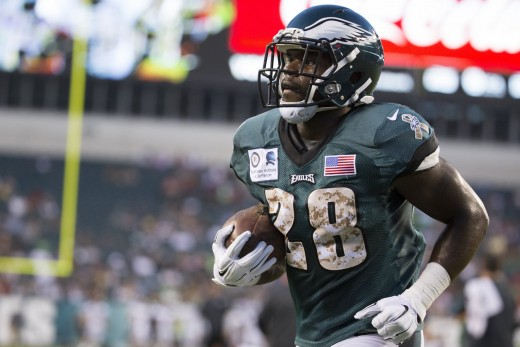 Philadelphia Eagles Wendell Smallwood returned a kickoff 86 yards for a TD against the Redskins