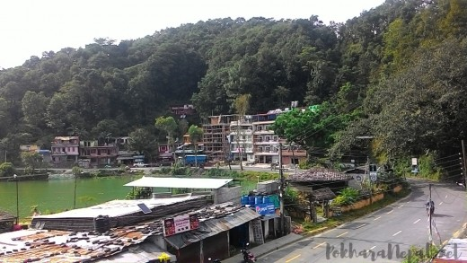 The Kahare side of Pokhara Lakeside offers many budget accommodation options