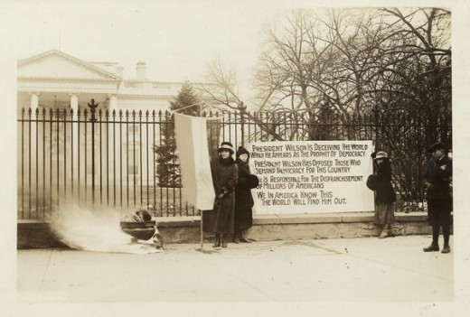 Party watchfires burn outside White House, Jan. 1919.
