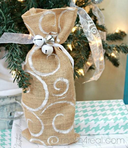 76 creative craft ideas using burlap hubpages for Burlap bag craft ideas