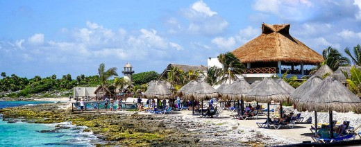 Cozumel beaches are crowded during the spring when temperatures are warm and the risk of rain is low.
