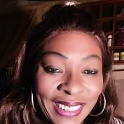 Viv Darling profile image