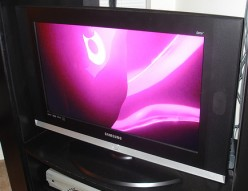 Plasma Vs. LCD - Which of These HDTV Televisions Would You Pick?