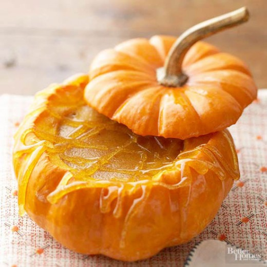 Check out this delicious and wonderful looking dessert idea - Pumpkin inside and out!
