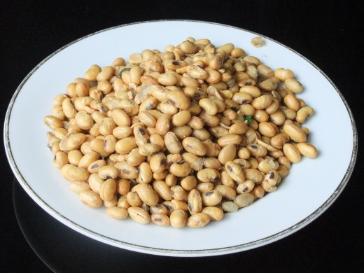 Legumes are a good source of plant sterols.