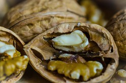 How to Crack and Shell Walnuts
