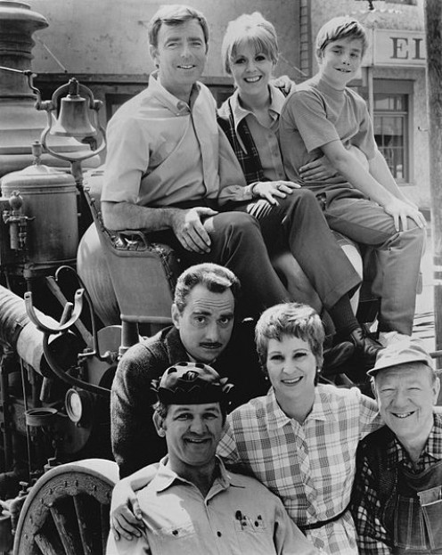 L to R Ken Berry, Arlene Golonka, Buddy Foster of Mayberry, R.F.D.  front row L to R  George Lindsey, Jack Dodson as Howard Sprague, Alice Ghostley and Paul Hartman    promoting Mayberry RFD
