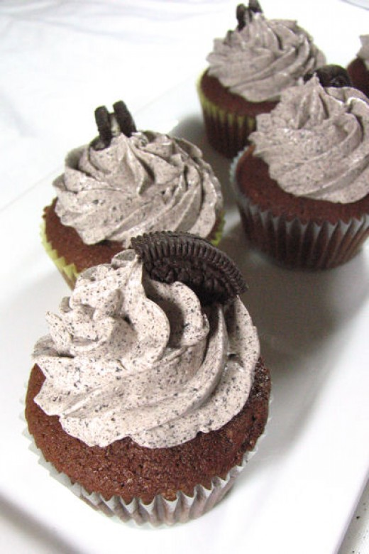 Oreo Crumb Cupcakes with Cream Cheese Frosting