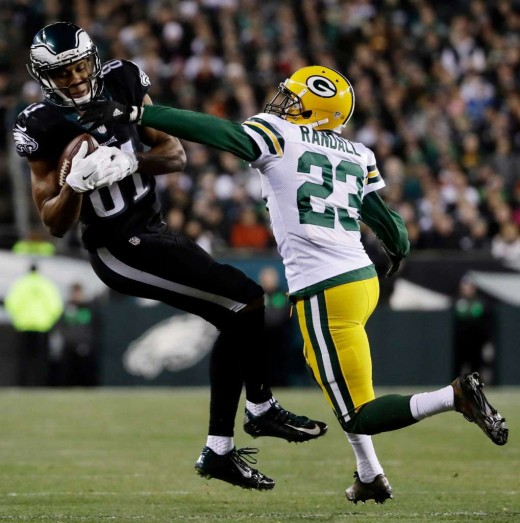 Once Philadelphia Eagles WR Jordan Matthews (L) got hurt, the Eagles options were limited