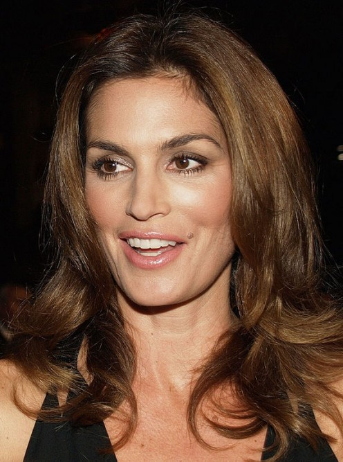 Cindy Crawford super-model shows how a mole enhances natural beauty.
