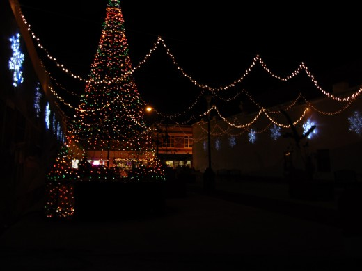 Synchronized Christmas Light Show in Downtown Poteau