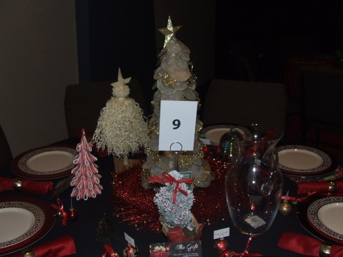 A  Golden Christmas Tree Table