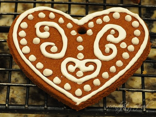 Here is a picture of some beautifully decorated cinnamon dough ornaments