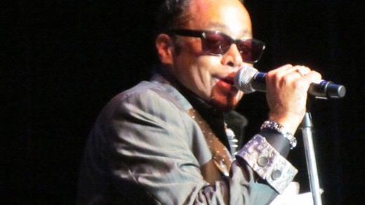 Morris Day, still performs his old pimping style of music that focuses on, how pretty he is as he looks in the mirror during his performance.