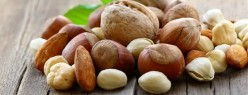 The Health Benefits of 6 of My Favorite Nuts