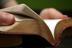 9 Bible Verses on Apologetics