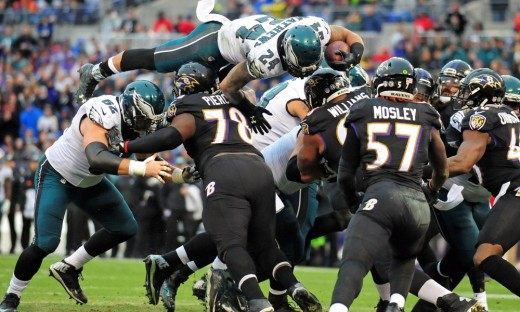 Philadelphia Eagles RB Ryan Mathews leaps over everyone to score a 2-point conversion against the Ravens