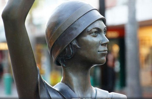 statue of a lady from the 1920s
