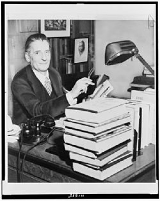 Maxwell Perkins....super editor for Thomas Wolfe, Ernest Hemingway and F. Scott Fitzgerald.