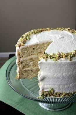 how to make a large cake cook evenly