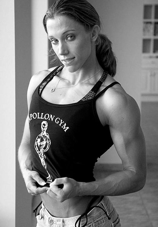 IFBB Fitness Pro Erin Riley