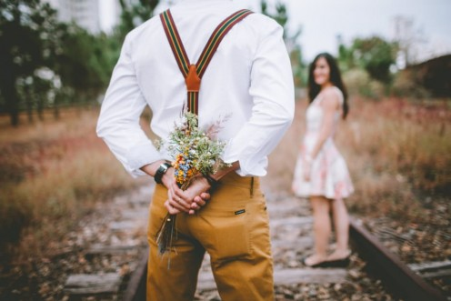 Do not be fooled with trinkets or flowers when you catch your fiance' in a lie about him cheating on you and he owns it