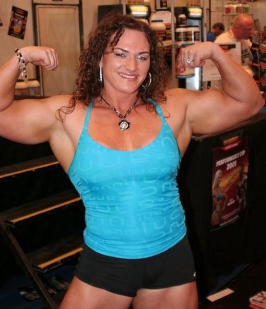 Helle Nielsen - Female bodybuilding