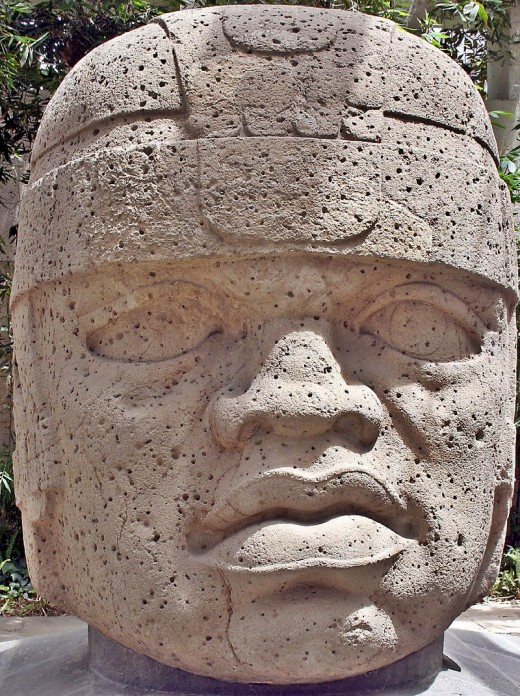 Olmec head labeled as number 1 in the Xalapa's museum of Antropology, also known as el rey (the king)