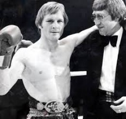 Former lightweight champion, Jim Watt fought many great boxers including Alexis Arguello, Howard Davis and Sean O' Grady.