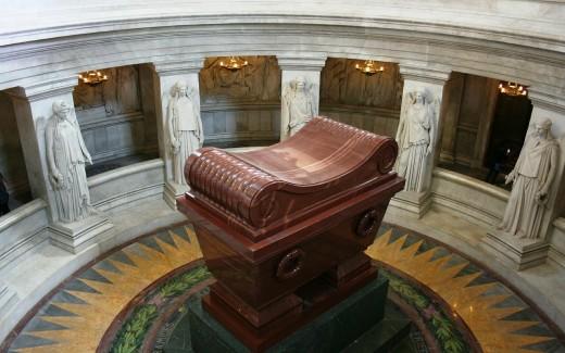 Tomb of Napoleon Bonaparte  -  Our Way of Glorifying Historical Butcherous Ambition