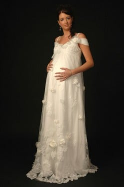Maternity Wedding Dresses: Beautiful Styles